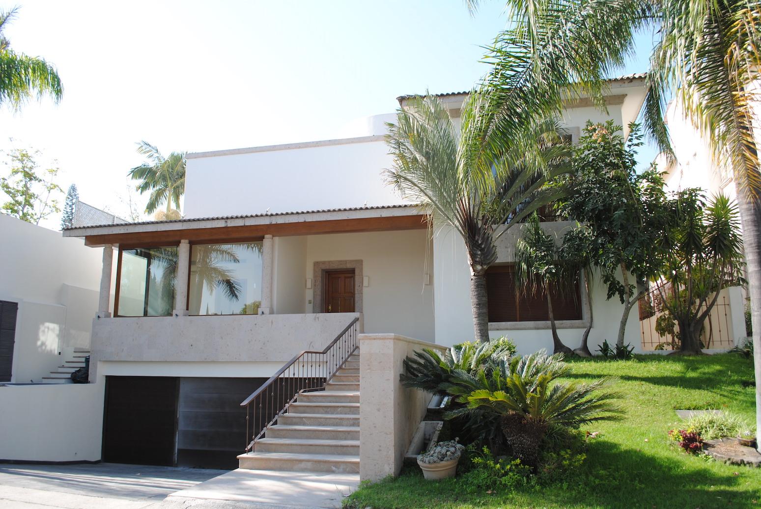 Residencia de Lujo en puerta de hierro Guadalajara